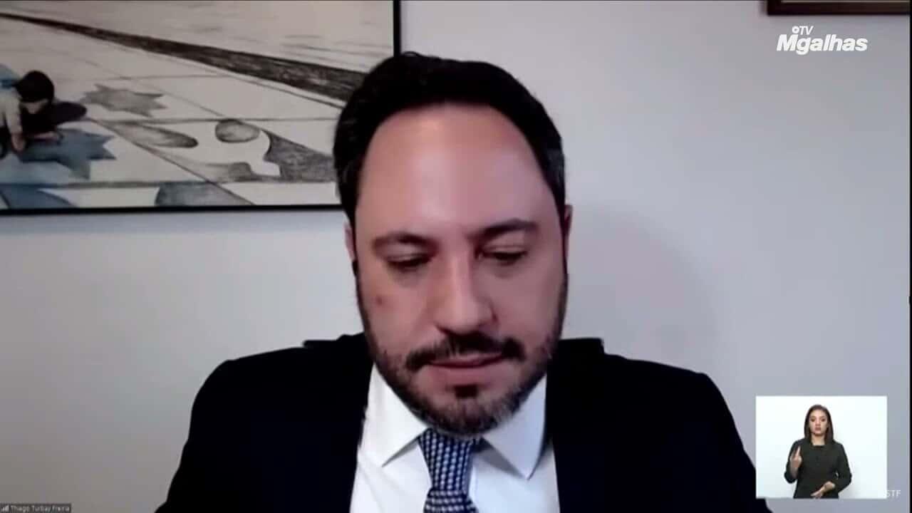 """Nunes Marques a advogado: """"quem deve se declarar apto para julgar sou eu"""""""