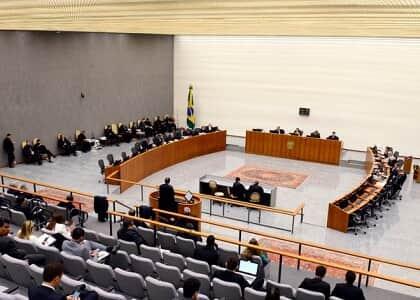 STJ esperará decisão do STF para apreciar expedição imediata de mandado de prisão