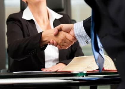 Advogado substabelecido não pode cobrar honorários sem intervenção do substabelecente