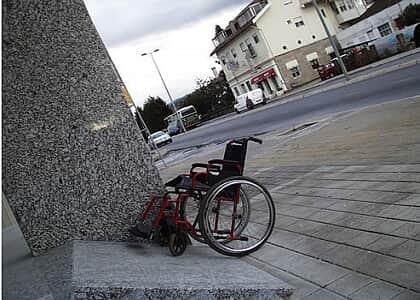 Falta de orçamento não justifica ausência de acessibilidade em prédios públicos