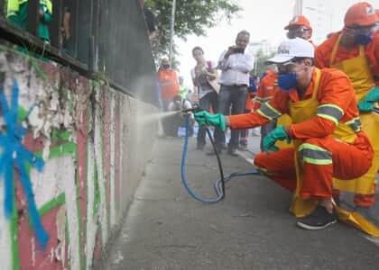 Doria está proibido de apagar grafites sem autorização técnica