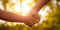 RS: Justiça garante que criança tenha no registro nome do pai biológico e do afetivo
