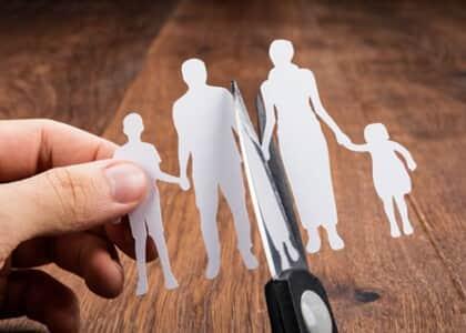 Divórcio unilateral levanta debate sobre burocracia do desenlace
