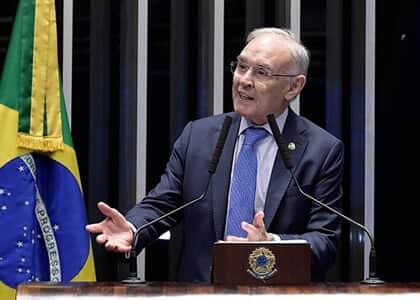 Senador investigado em inquérito de atos antidemocráticos presta esclarecimentos a Alexandre de Moraes