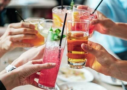 Morador é proibido de promover festas em seu apartamento em razão da pandemia