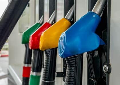 Distribuidora de combustíveis consegue suspensão de ICMS cobrado em substituição tributária