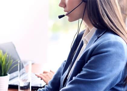Funcionária de call center que precisava de autorização para ir ao banheiro será indenizada