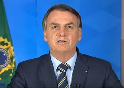 """Bolsonaro pede reabertura de escolas e fim do confinamento: """"nossa vida tem que continuar"""""""