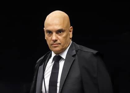 Moraes suspende trecho de MP que restringe lei de acesso à informação