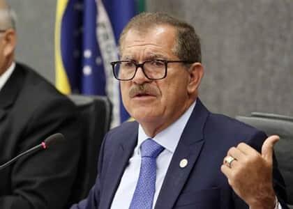 Ministro Humberto Martins analisará reclamação contra Noronha por conceder HC a Queiroz