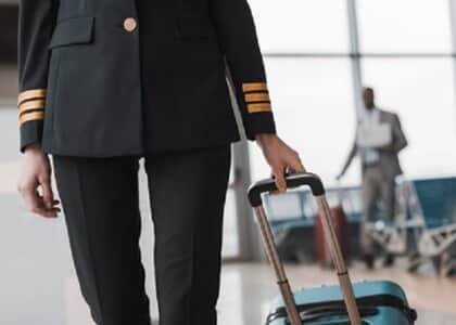 Piloto de avião é proibido de visitar filhos por causa do coronavírus