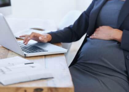 STF: Desconhecimento da gravidez pelo empregador não afasta estabilidade