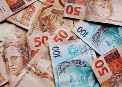 Juíza limita base de cálculo das contribuições destinadas a terceiros em 20 salários-mínimos