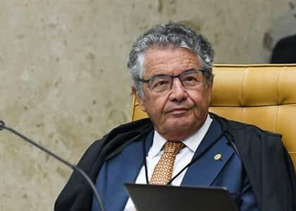 Marco Aurélio arquiva notícia-crime contra Bolsonaro por participação em manifestações