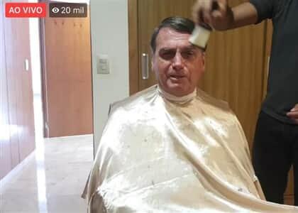 Bolsonaro afirma que pai de Santa Cruz desapareceu pelas mãos do próprio movimento
