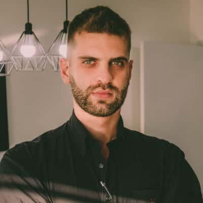 Henrique Laragnoit Costa